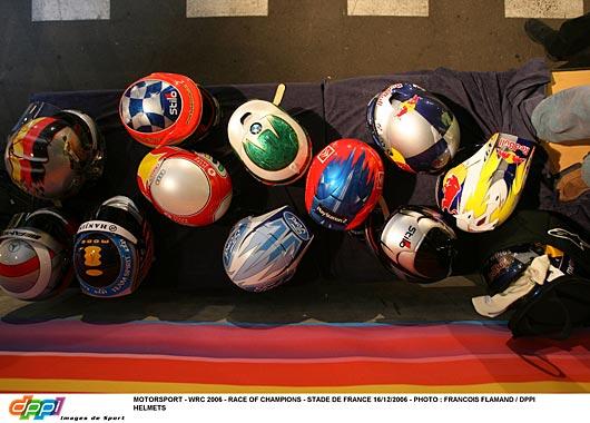 018_helmets