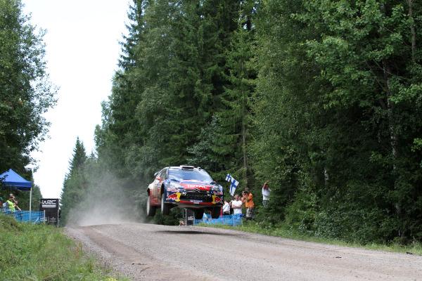 MOTORSPORT - WORLD RALLY CHAMPIONSHIP 2011 - FINLAND RALLY / RALLYE DE FINLANDE - JYVASKYLA (FIN) - 29 TO 31/07/2011 - PHOTO: BASTIEN BAUDIN / DPPI -  01 SEBASTIEN LOEB (FRA) / DANIEL ELENA (MCO) - CITROËN DS3 WRC - CITROËN TOTAL WRT - ACTION