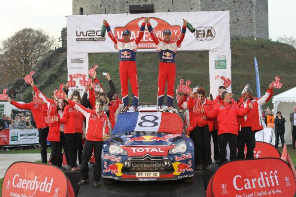 MOTORSPORT - WORLD RALLY CHAMPIONSHIP 2011 - WALES RALLY GB / RALLYE DE GRANDE-BRETAGNE - CARDIFF (GBR) - 10 TO 13/11/2011 - PHOTO : FRANCOIS BAUDIN / DPPI - 01 SEBASTIEN LOEB (FRA) / DANIEL ELENA (MCO) - CITROËN DS3 WRC - CITROËN TOTAL WRT - AMBIANCE WORLD CHAMPIONS