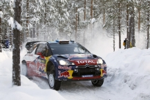 MOTORSPORT - WORLD RALLY CHAMPIONSHIP 2011 - RALLY SWEDEN / RALLYE DE SUEDE - 10 TO 13/02/2011 - KARLSTAD (SWE) - PHOTO : DPPI -  01 SEBASTIEN LOEB / DANIEL ELENA - CITROEN DS3 WRC - CITROEN RACING TOTAL WORLD RALLY TEAM - ACTION