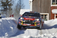 MOTORSPORT - WORLD RALLY CHAMPIONSHIP 2011 - RALLY SWEDEN / RALLYE DE SUEDE - 10 TO 13/02/2011 - KARLSTAD (SWE) - PHOTO : FRANCOIS BAUDIN /  DPPI -  01 SEBASTIEN LOEB / DANIEL ELENA - CITROEN DS3 WRC - CITROEN RACING TOTAL WORLD RALLY TEAM - ACTION